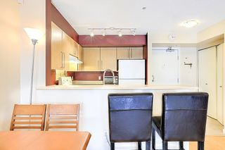 Photo 8: 207 2768 CRANBERRY DRIVE in Vancouver: Kitsilano Condo for sale (Vancouver West)  : MLS®# R2276891