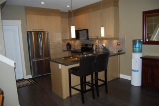 """Photo 4: 24 7298 199A Street in Langley: Willoughby Heights Townhouse for sale in """"York"""" : MLS®# R2024147"""