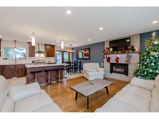 Photo 6: 924 GROVER Avenue in Coquitlam: Coquitlam West House for sale : MLS®# R2524127