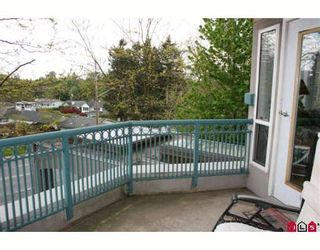 """Photo 8: 308 34101 OLD YALE Road in Abbotsford: Central Abbotsford Condo for sale in """"YALE TERRACE"""" : MLS®# F2908815"""