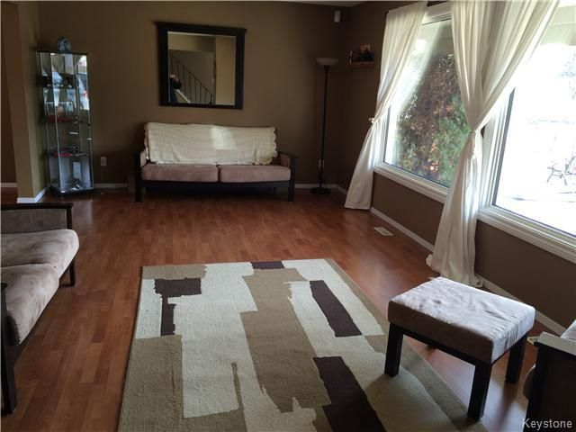 Photo 2: Photos: 23 Scotswood Drive in Winnipeg: Residential for sale : MLS®# 1608645