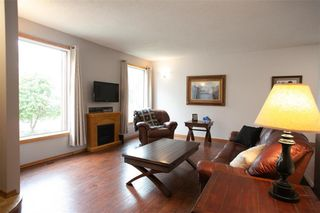 Photo 6: 66 Dells Crescent in Winnipeg: Meadowood Residential for sale (2E)  : MLS®# 202119070