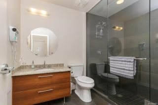 Photo 12: 206 68 Songhees Rd in : VW Songhees Condo for sale (Victoria West)  : MLS®# 882837