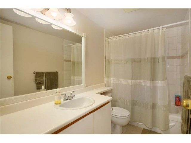 Photo 8: Photos: 136 W 14TH Avenue in Vancouver: Mount Pleasant VW Condo for sale (Vancouver West)  : MLS®# V924391