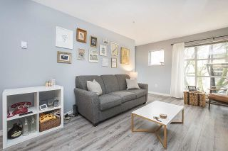 Photo 2: 202 2815 YEW Street in Vancouver: Kitsilano Condo for sale (Vancouver West)  : MLS®# R2255235