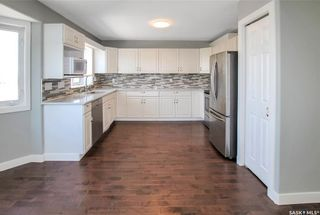 Photo 6: 534 Stillwell Crescent in Swift Current: Highland Residential for sale : MLS®# SK859457
