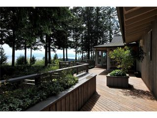 Photo 1: 4401 Woodpark Road in West Vancouver: Cypress Park Estates House for sale : MLS®# V1061125