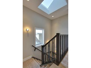 Photo 11: 3332 40 Street SW in CALGARY: Glenbrook Residential Attached for sale (Calgary)  : MLS®# C3548100