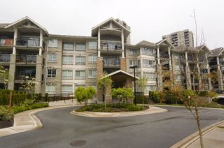 """Photo 2: 212 9233 GOVERNMENT Street in Burnaby: Government Road Condo for sale in """"SANDLEWOOD"""" (Burnaby North)  : MLS®# V764462"""
