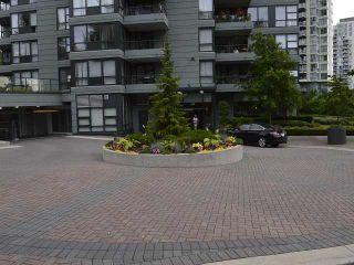 Photo 16: # 303 288 UNGLESS WY in Port Moody: North Shore Pt Moody Condo for sale : MLS®# V1119921