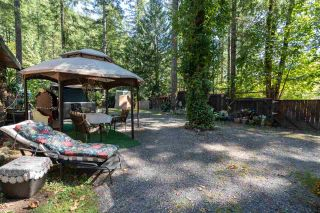 """Photo 17: 2000 MIDNIGHT Way in Squamish: Paradise Valley House for sale in """"PARADISE VALLEY"""" : MLS®# R2497632"""