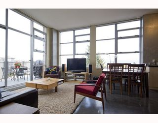 """Photo 6: 412 2635 PRINCE EDWARD Street in Vancouver: Mount Pleasant VE Condo for sale in """"SOMA LOFTS"""" (Vancouver East)  : MLS®# V793823"""