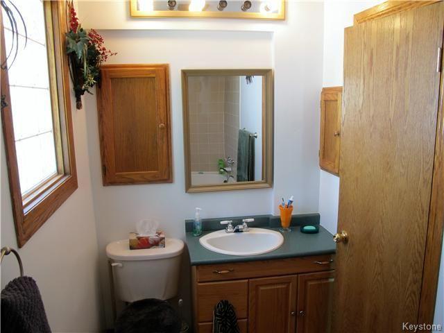 Photo 19: Photos:  in Winnipeg: East Kildonan Residential for sale (North East Winnipeg)  : MLS®# 1613040