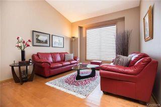 Photo 3: 1013 Scurfield Boulevard in Winnipeg: Whyte Ridge Residential for sale (1P)  : MLS®# 1807816