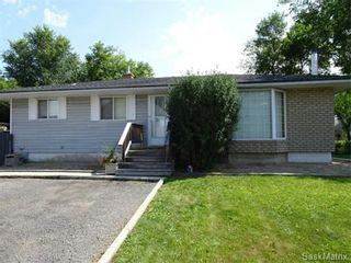 Photo 1: 2821 PRINCESS Street in Regina: Single Family Dwelling for sale (Regina Area 05)  : MLS®# 581125