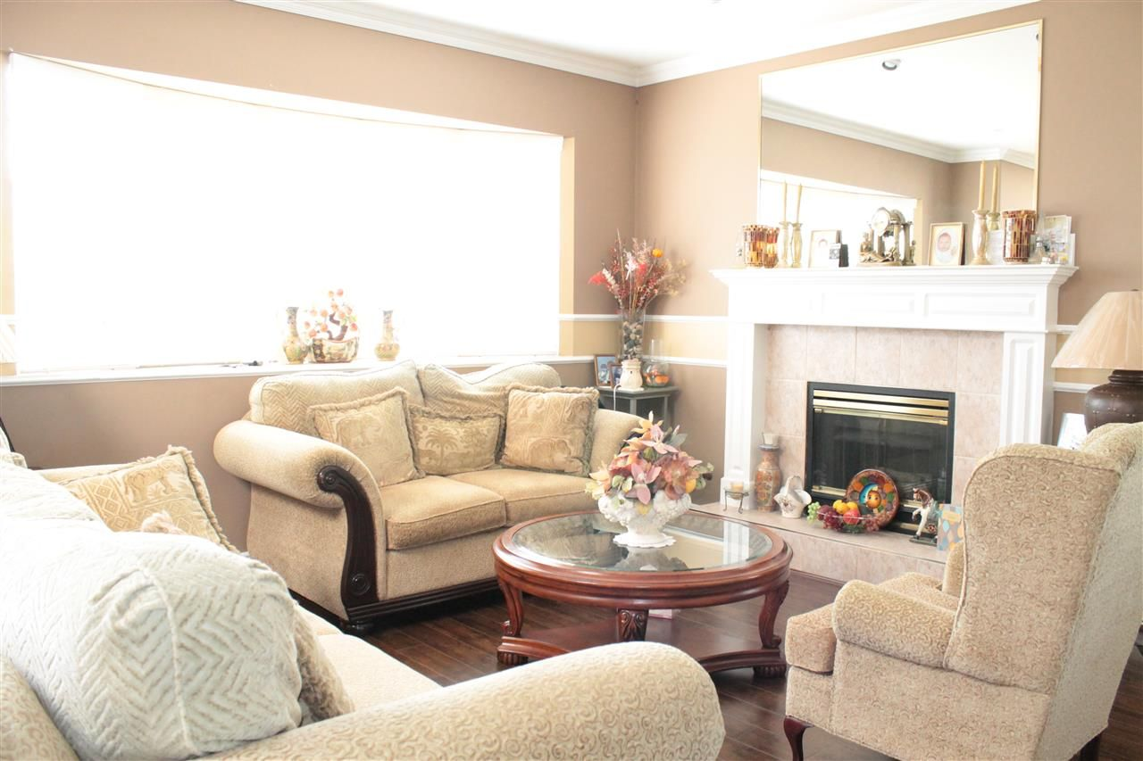 Photo 3: Photos: 6521 HOLLY PARK DRIVE in Delta: Holly House for sale (Ladner)  : MLS®# R2021898