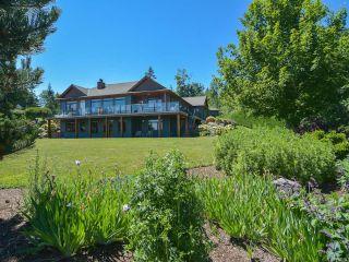 Photo 1: 6472 BISHOP ROAD in COURTENAY: CV Courtenay North House for sale (Comox Valley)  : MLS®# 775472