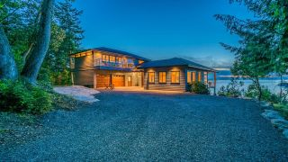 Photo 3: 825 DUTHIE Avenue in Gabriola Island: Out of Town House for sale : MLS®# R2594973