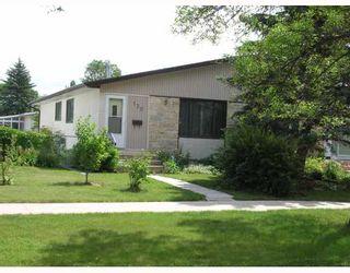 Photo 1: 139 HENDON Avenue in WINNIPEG: Charleswood Residential for sale (South Winnipeg)  : MLS®# 2905783