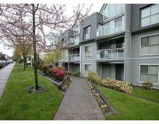 "Photo 1: 106 68 RICHMOND Street in New_Westminster: Fraserview NW Condo for sale in ""GATEHOUSE PLACE"" (New Westminster)  : MLS®# V759440"
