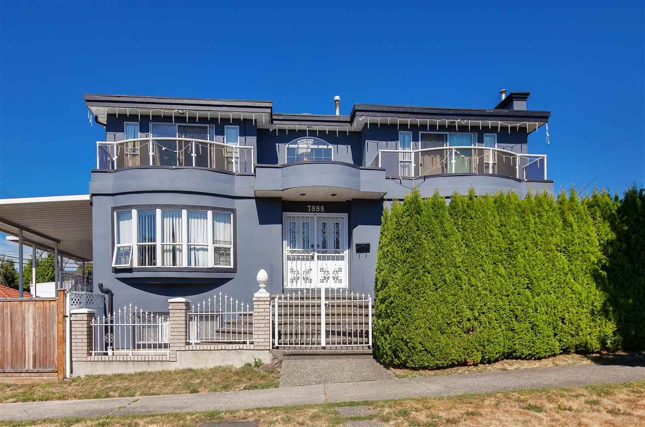 Main Photo: 7888 THORNHILL Drive in Vancouver: Fraserview VE House for sale (Vancouver East)  : MLS®# R2563543