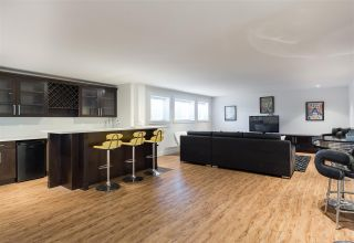 Photo 18: 1105 COMO LAKE Avenue in Coquitlam: Harbour Chines House for sale : MLS®# R2153653