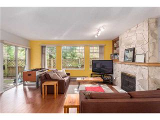 Photo 4: 22 6516 Chambord Place in Vancouver: Killarney VE Townhouse  (Vancouver East)  : MLS®#  V1114947