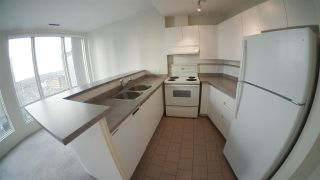 """Photo 4: 1703 989 NELSON Street in Vancouver: Downtown VW Condo for sale in """"The Electra"""" (Vancouver West)  : MLS®# R2527658"""