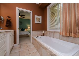 """Photo 14: 35784 REGAL Parkway in Abbotsford: Abbotsford East House for sale in """"REGAL PEAKS"""" : MLS®# R2112545"""