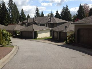 """Photo 12: 8828 ROBINS Court in Burnaby: Forest Hills BN Townhouse for sale in """"PRIMROSE HILL"""" (Burnaby North)  : MLS®# V1059645"""