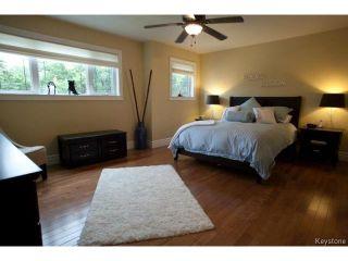 Photo 12: 134 Harrowby Avenue in WINNIPEG: St Vital Residential for sale (South East Winnipeg)  : MLS®# 1420908