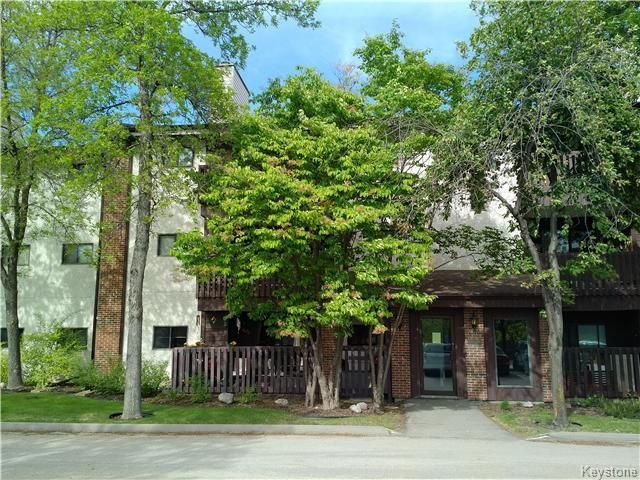 Main Photo: 24 Novavista Drive in Winnipeg: River Park South Condominium for sale (2E)  : MLS®# 1713507