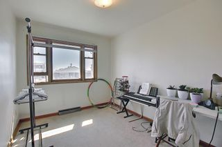 Photo 17: 1635 39 Street SW in Calgary: Rosscarrock Detached for sale : MLS®# A1121389