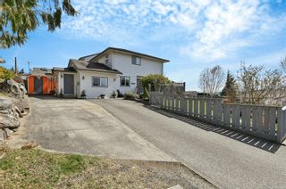 Main Photo: A 1111 Springbok Rd in : CR Campbell River Central Half Duplex for sale (Campbell River)  : MLS®# 871886