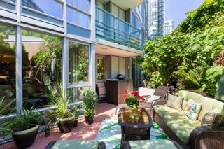 """Photo 16: 202 1033 MARINASIDE Crescent in Vancouver: Yaletown Condo for sale in """"QUAYWEST"""" (Vancouver West)  : MLS®# R2623495"""