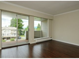 """Photo 7: 308 32040 TIMS Avenue in Abbotsford: Abbotsford West Condo for sale in """"MAPLEWOOD MANOR"""" : MLS®# F1416479"""