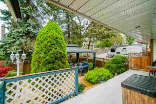 """Photo 29: 18055 64 Avenue in Surrey: Cloverdale BC House for sale in """"CLOVERDALE"""" (Cloverdale)  : MLS®# R2572138"""