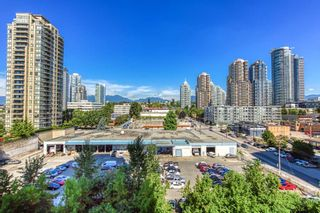 """Photo 15: 805 2355 MADISON Avenue in Burnaby: Brentwood Park Condo for sale in """"OMA"""" (Burnaby North)  : MLS®# R2494939"""