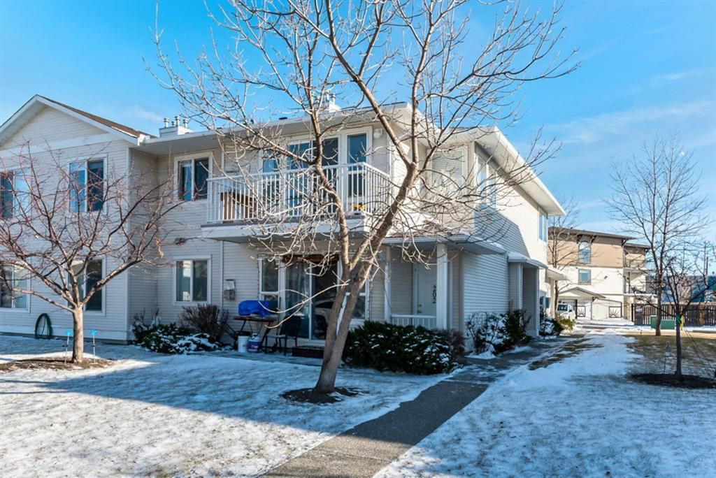 Main Photo: 202 612 19 Street SE: High River Apartment for sale : MLS®# A1047486