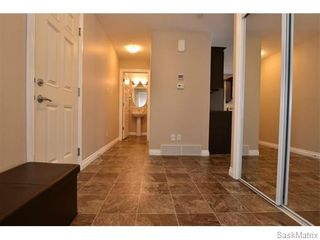 Photo 3: 5325 DEVINE Drive in Regina: Lakeridge Addition Single Family Dwelling for sale (Regina Area 01)  : MLS®# 598205