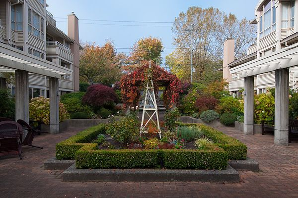 """Photo 25: Photos: # 311 3755 W 8TH AV in Vancouver: Point Grey Condo for sale in """"THE CUMBERLAND"""" (Vancouver West)  : MLS®# V1040579"""