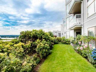 """Photo 9: 313 60 RICHMOND Street in New Westminster: Fraserview NW Condo for sale in """"GATEHOUSE PLACE"""" : MLS®# R2500986"""