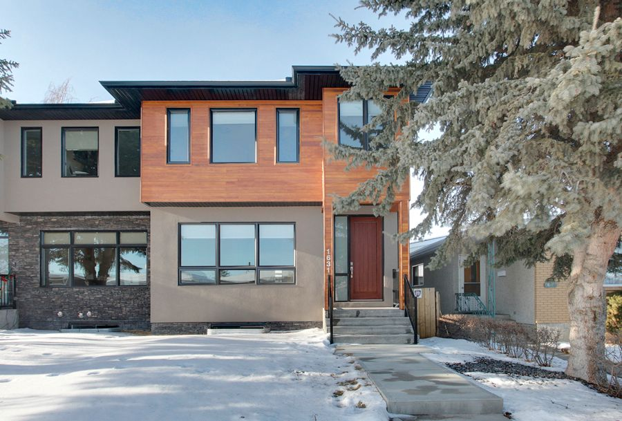 Main Photo: 1631 41 Street SW in Calgary: House for sale : MLS®# C3648896
