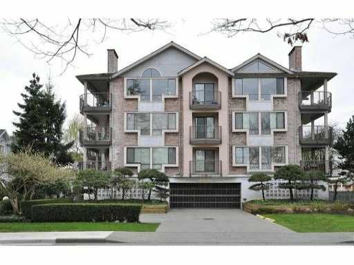 """Main Photo: 104 7140 GRANVILLE Avenue in Richmond: Brighouse South Condo for sale in """"PARKVIEW COURT"""" : MLS®# V999557"""