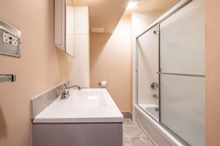 Photo 21: 1424 Rosehill Drive NW in Calgary: Rosemont Semi Detached for sale : MLS®# A1075121