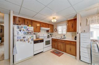 Photo 3: 186 Cottonwood Drive in Sunset Estates: Residential for sale : MLS®# SK850160