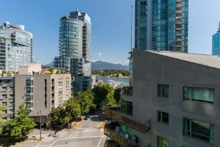 """Photo 25: 601 1499 W PENDER Street in Vancouver: Coal Harbour Condo for sale in """"WEST PENDER PLACE"""" (Vancouver West)  : MLS®# R2605894"""
