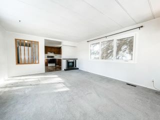 Photo 2: 213 4 Avenue: Wainwright Manufactured Home for sale (MD of Wainwright)  : MLS®# A1074688