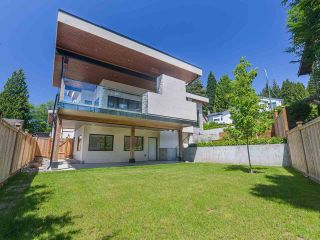 Photo 7: 168 ROE Drive in Port Moody: Barber Street House for sale : MLS®# R2590854