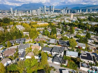Photo 22: 4014 NITHSDALE Street in Burnaby: Burnaby Hospital House for sale (Burnaby South)  : MLS®# R2623669